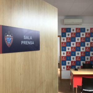 Sañaletica Sala Prensa
